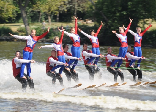 ffwaterskigroup.jpg
