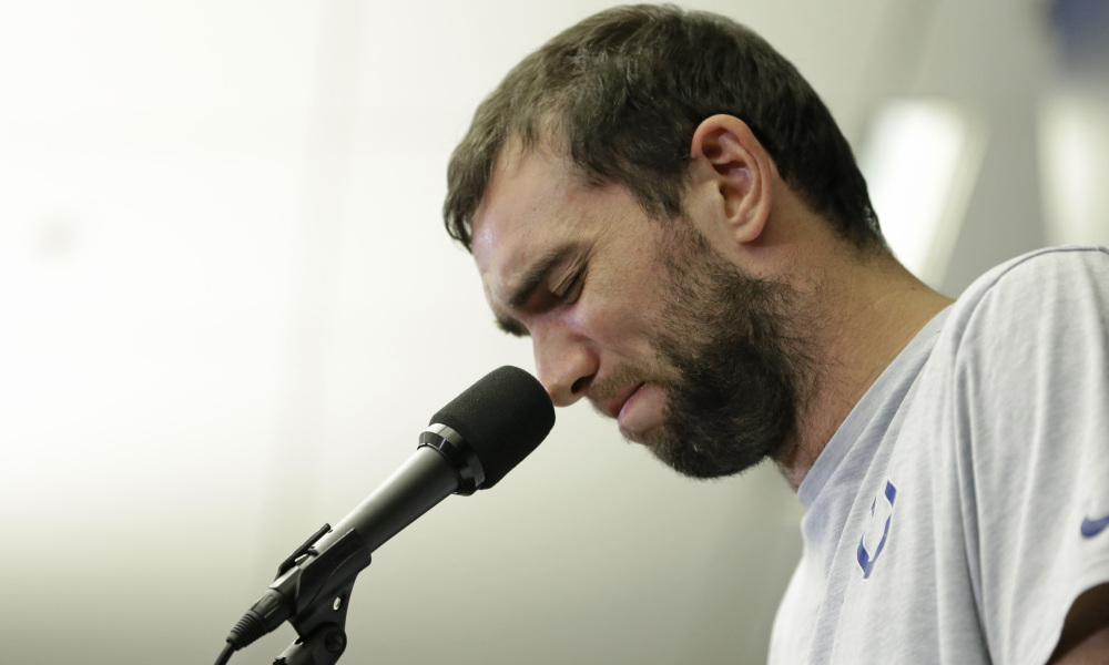 AP COLTS LUCK FOOTBALL S FBN USA IN